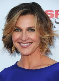curly bob hairstyles for over 50 brenda strong short curly ombre bob hairstyle for women