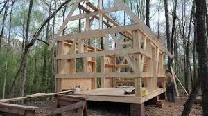 building small cabin home