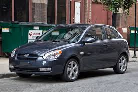 Hyundai Accent Interior Dimensions 2011 Hyundai Accent Overview Cars Com
