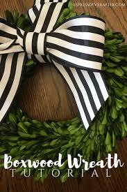 boxwood wreath tutorial green wreath wreath tutorial and diy