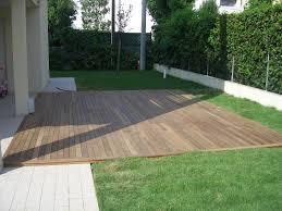 pedana legno mobili da giardino pedane in legno ombrarreda