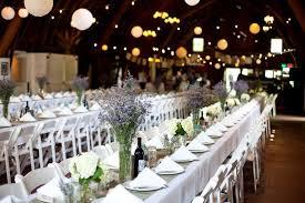 Long Farm Barn Wedding Michigan Wedding In A Barn At Blue Dress Barn Rustic Wedding Chic