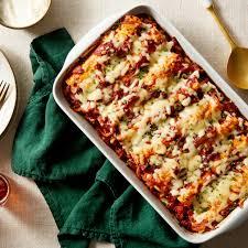 imagenes enchiladas rojas recipe cheesy enchiladas rojas with mushrooms kale blue apron
