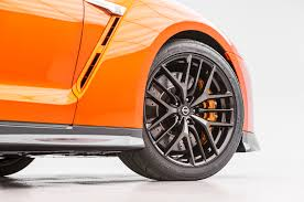 nissan gtr tire size 2017 nissan gt r starting price jumps to 111 585 motor trend