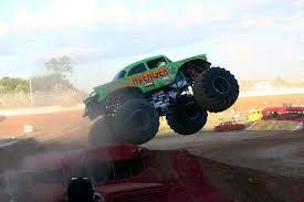 photo gallery fan charlotte motor speedway monster