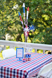 Fourth Of July Tablecloths by Let U0027s Get Crackin U0027 How To Plan A Fourth Of July Party Project