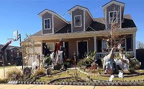 Decorated Homes For Halloween 2015 Halloween Decorating Winner Marble Leaf