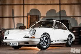 Porsche 911 1st Generation - weight saving a porsche 911 history total 911