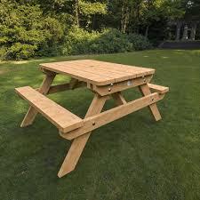 small picnic table interiors design