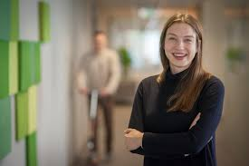 natalia szczesniak is a financial business systems designer and