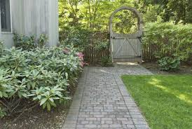 landscaping tricks and tips to lower costs