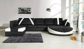 habiller un canapé optimiser l espace grâce au bon emplacement de canapé
