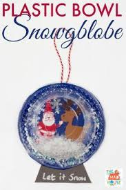 snow globe l post if i lived in a snow globe use clear plates paint the snow cute