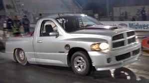 who makes dodge trucks record 7 second srt 10 truck