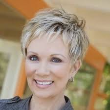 short hairstyles for women over 50 with fine hair fine thin hair