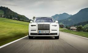 2018 rolls royce phantom pictures photo gallery car and driver