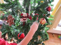high park home daycare christmas craft candy cane tree decorations