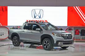 truck honda all new 2017 honda ridgeline pickup truck makes canadian debut at