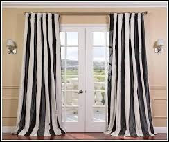Blue And White Vertical Striped Curtains Vertical Striped Curtains 25 Great Window Covering Ideas Diy