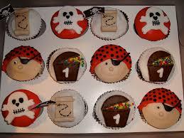 pirate cupcakes pirate cupcake cake and decorated cupcakes