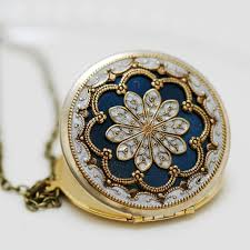 locket necklace with photo images 56 best jewels lockets images antique locket jpg