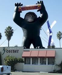 gorilla balloon gorilla rooftop promotions outdoor advertising