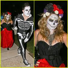 Dead Halloween Costumes Hilary Duff U0026 Mike Comrie Dead Halloween Couple