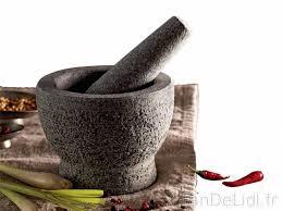 mortier cuisine mortier en granit cuisson et cuisine fan de lidl fr