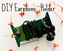 diy upcycle your cards into earphone holder recyclart