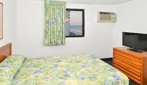 hotel photo gallery the sea horn myrtle beach the sea horn motel in myrtle beach double bedroom in 2 bedroom suite