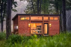 homes on wheels escape traveler a tiny house on wheels that comfortably sleeps 6