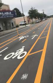 car crash takes out 92 bike lane dividers on 35th street in