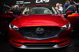 mazda automatic cars auto showdown 2017 honda cr v vs 2017 mazda cx 5 motor trend