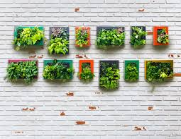 How To Build A Vertical Hydroponic Garden How To Design The Perfect Vegetable Garden For Any Space