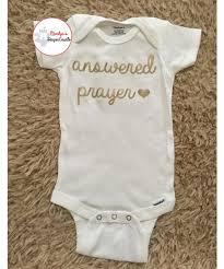 baby shower shirt ideas best 25 baby shower ideas on onesie