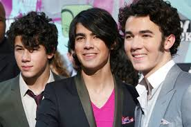 demi lovato leaked photos 2014 demi lovato and jonas brothers reuniting for camp rock 3 cambio