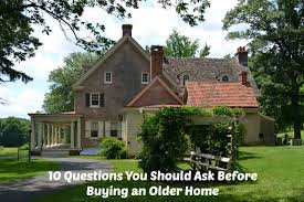should i buy an old house old house hunt cover1 jpg