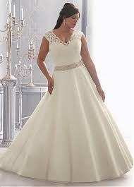 wedding dresses plus sizes best 25 wedding dresses plus size ideas on curvy