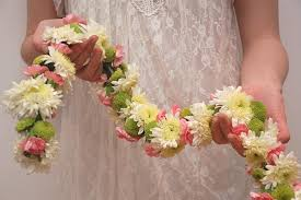 garlands for wedding make your own wedding garland hgtv