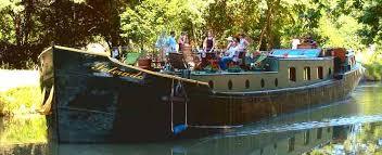 peniche chambre d hote louer une péniche bateau fluvial chambres d hotes