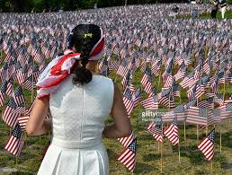 Memorial Garden Flags Boston Common Filled With 37 000 Flags To Mark Memorial Day Photos