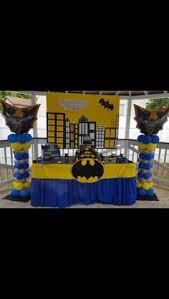 Batman Table Decorations Batman Centerpiece For Josie Pinterest Batman Centerpieces