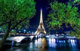 eiffel tower light show paris night cityscape eiffel tower light show on seine river
