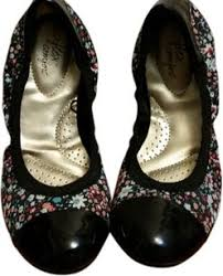 Comfortable Black Ballet Flats Dexflex Comfort Shoes Up To 90 Off At Tradesy