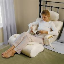 Wedge Pillows For Bed Back Support Pillow For Bed Best 25 Bed Wedge Pillow Ideas On