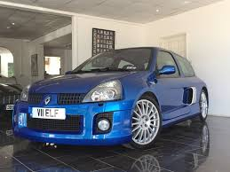 clio renault v6 used pearlescent white renault clio for sale west sussex
