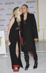 evan ross talks expecting baby with wife ashlee simpson