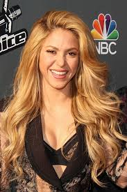 what color is shakira s hair 2015 facts adizamir