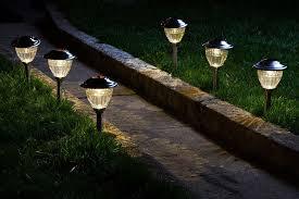landscape led lighting for small hillside on the backyard near