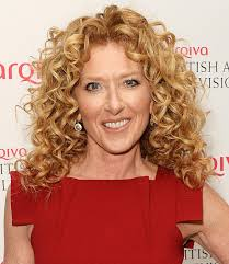 what are the best haircuts for curly hair oval face hairstyles jennifer aniston and more celebs
